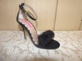 Betsey Johnson Harpur Two-Piece Faux Fur Sandals , Black, US Size 5, M - $34.65
