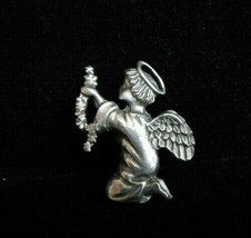 "Angel Christmas Holiday Silver (Pewter?) Pin 1 3/4"" VTG 1980's-90's - $5.63"