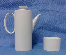 "Thomas Rosenthal Germany Porcelain 9 1/2"" Coffee Tea Pot 34 oz with Suga... - $45.00"
