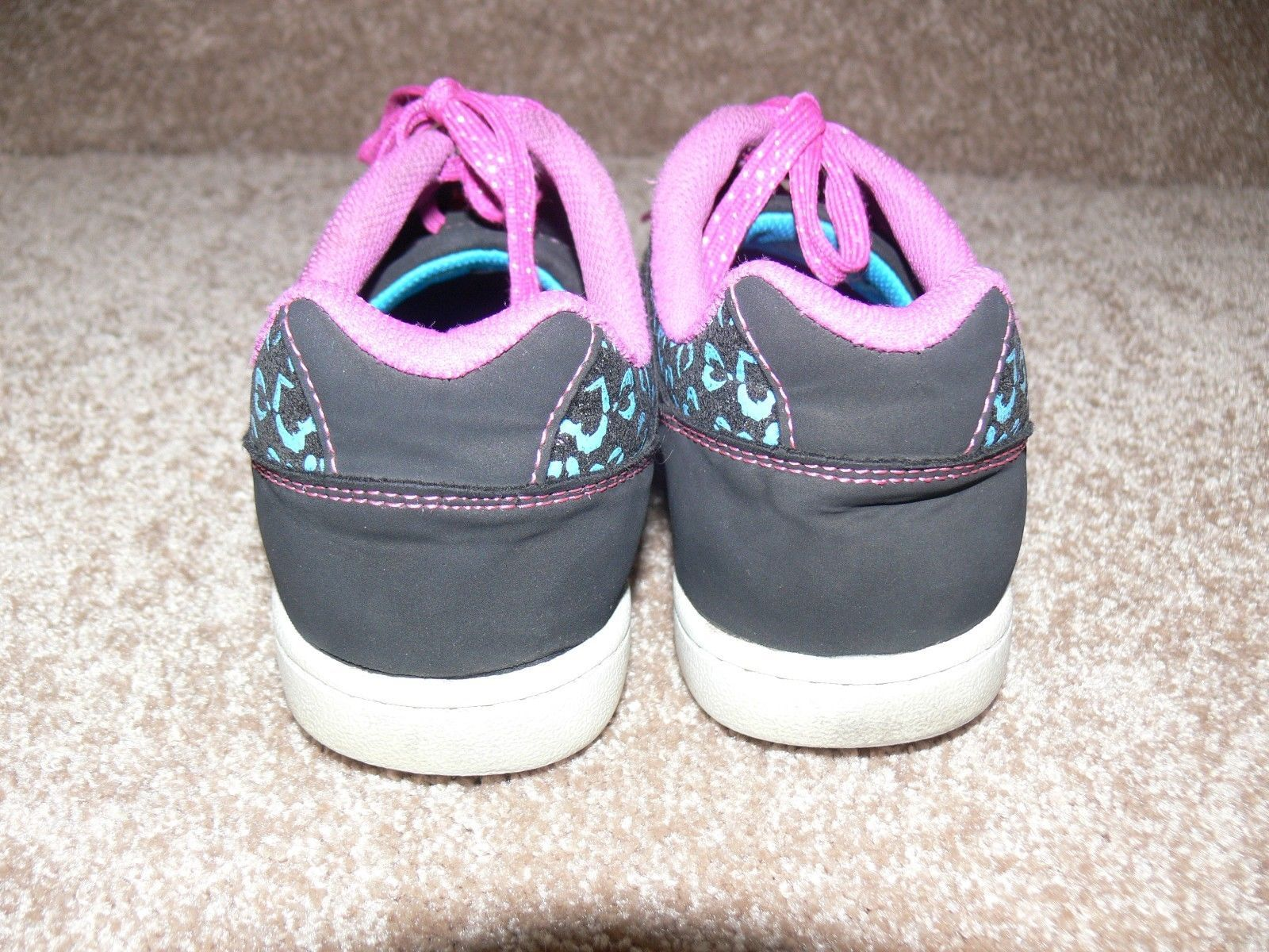 DISNEY LIV AND MADDIE Shoes Youth Sneakers Glitter Hearts Girls Size 5 cz image 7