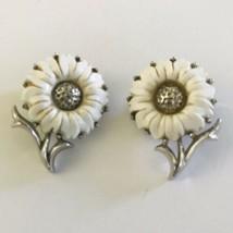 Vintage CROWN TRIFARI  White Lucite Daisy Silvertone Flower Clip Earrings J0472 - $37.99