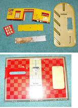 Superior Garage Tin Litho Playset Building Parts Vintage - $19.99
