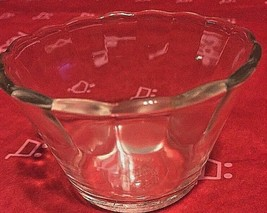Anchor Hocking Fire King 422  Clear Fluted 6 Oz round Ramekin Unused Mint - $10.99