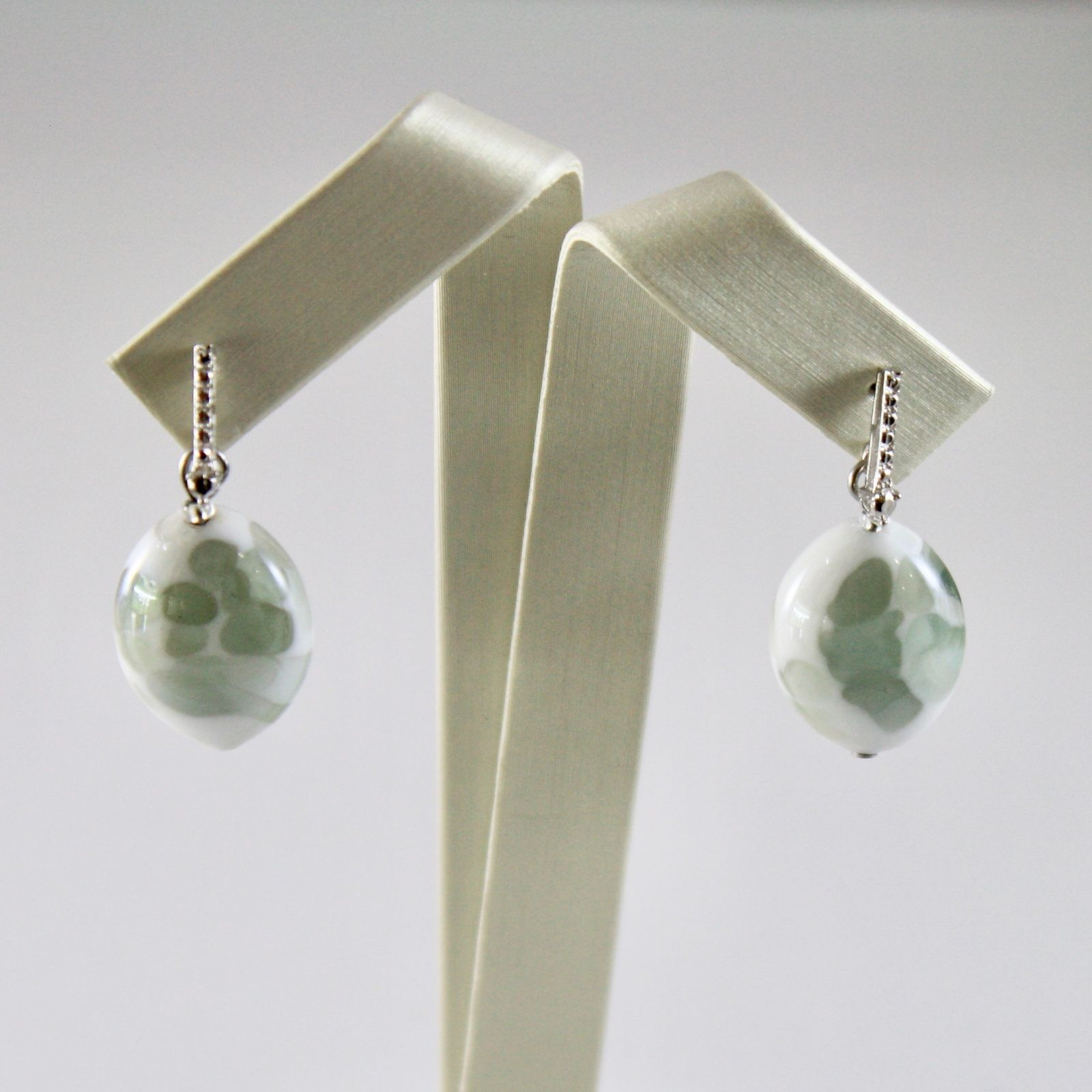 EARRINGS ANTICA MURRINA VENEZIA WITH MURANO GLASS OVAL GRAY AND WHITE