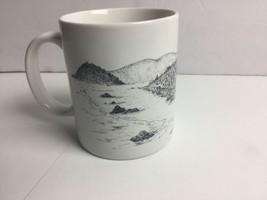 "Linyi Coffee Mug Oregon Grapes Mahonia Aquifolium Line Drawings 3 3/4"" - $9.94"