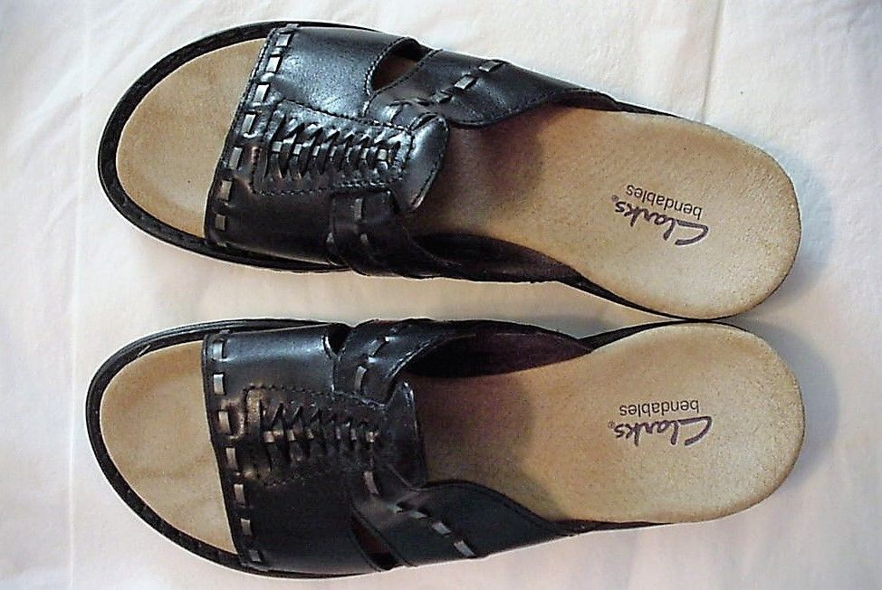 8090949a0128 S l1600. S l1600. Previous. CLARKS BENDABLES INA BOW BLACK WOMEN S SANDAL  SHOES SIZE 8N. CLARKS BENDABLES ...