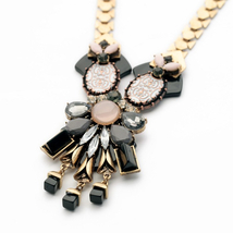 Necklace Jewelry India Big Black Floral Pendant Vintage Necklace for Women - $17.97