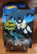 2014 Hot Wheels Batman '66 Classic TV Series Batmobile 1/6  NIP - $3.49
