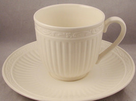 3 MIKASA ITALIAN COUNTRYSIDE COFFEE CUP SAUCER SETS CREAM - $19.34