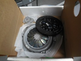 Genuine Nissan 30001-22RS0NW Clutch Kit New - $118.79