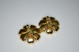 VTG Gold Tone RARE CROWN TRIFARI Red Clear Rhinestone Flower Clip Earrings image 4