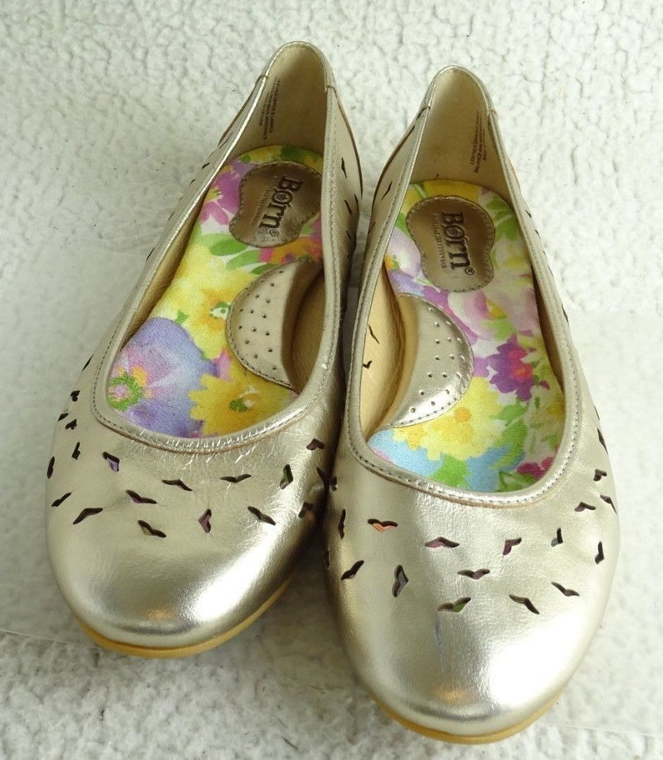 Born  GOLD Perforated Wmn 9M/W Cushion LEATHER BALLERINA FLAT SIZE Shoes