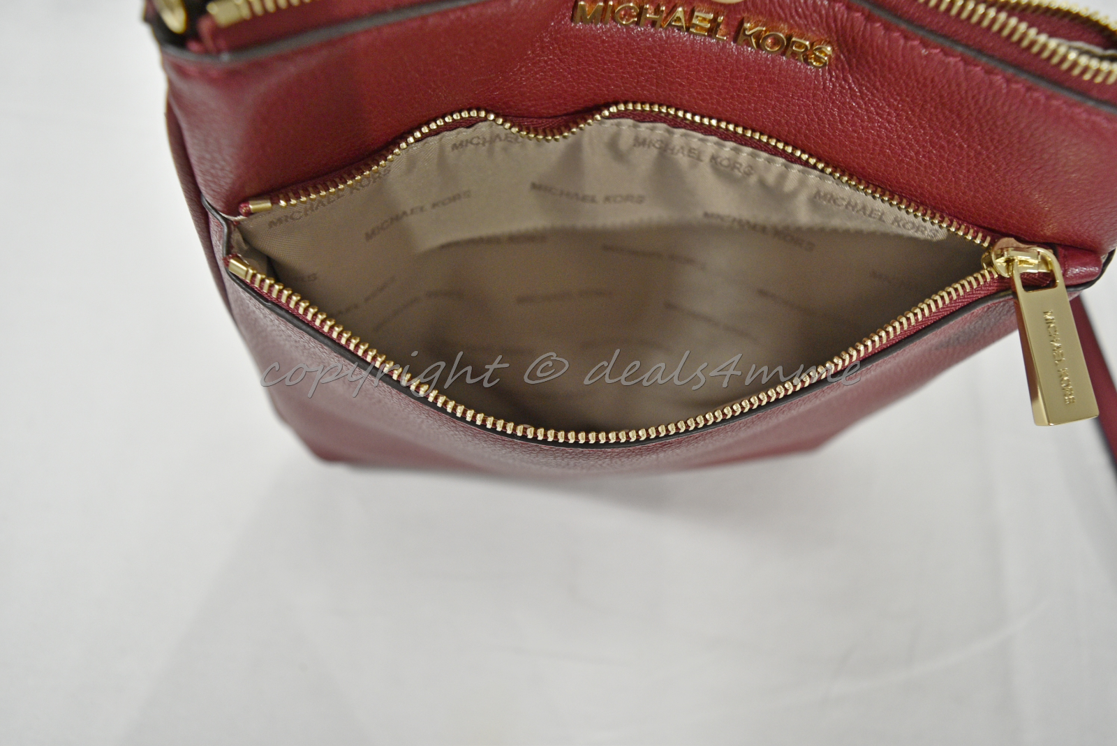 a31e0561b323 NWT Michael Kors Riley Leather Small Flat Crossbody / Shoulder Bag in Cherry  Red