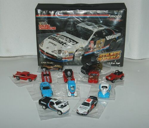 Amoco Racing Street Wheels Champions 12 Car Set 24 Piece Carrying Case