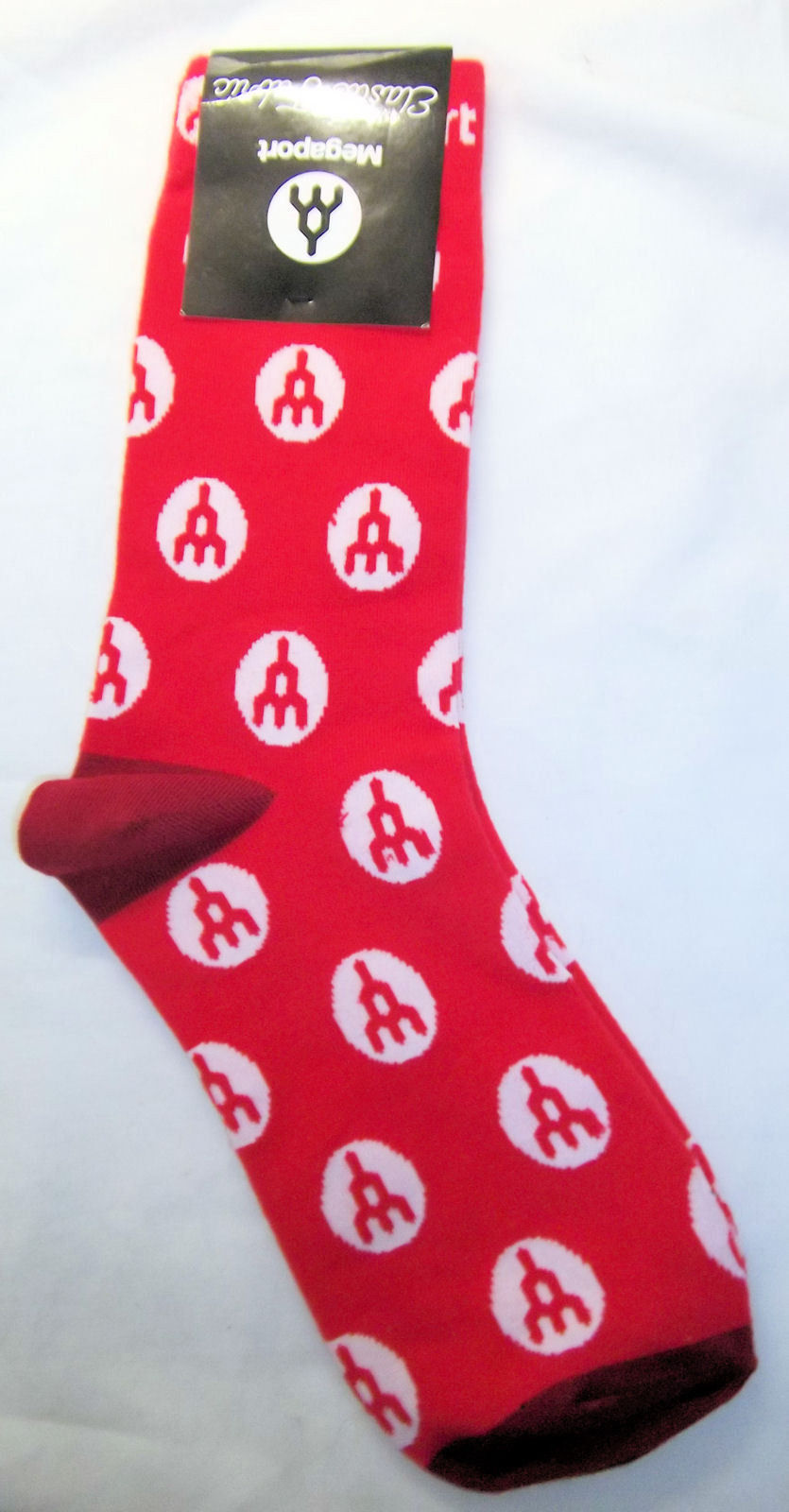 Megaport Men's Socks Red White Logo Cloud Connections Size 8 to 14 NWT