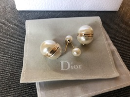 AUTH Christian Dior LIMITED EDITION MISE EN DIOR HALF PEARL EARRINGS  image 3
