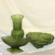 Vintage Olive Green Glass Vase Diamond-Shaped Dish Bowl with Leaves Berr... - $29.69
