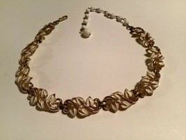 Vintage Coro Gold Tone White Enameled Ivy Leaf Link Choker Necklace - $16.78