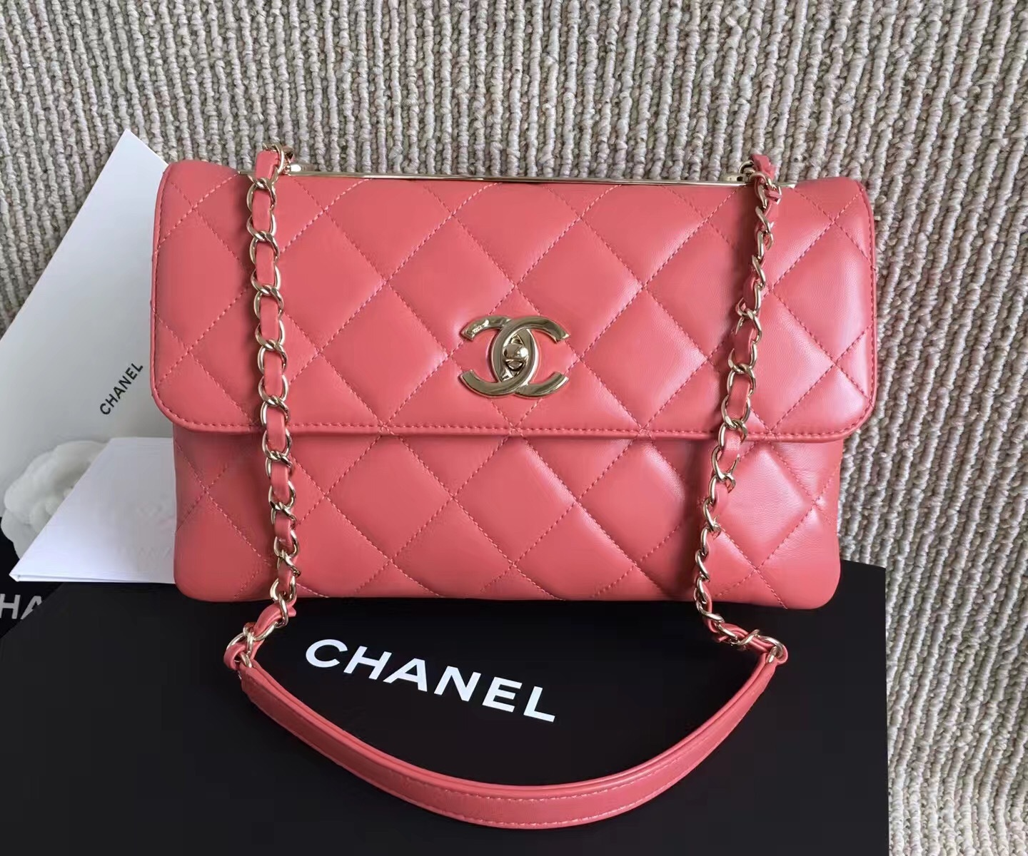 AUTHENTIC CHANEL 2017 PINK QUILTED LAMBSKIN TRENDY CC FLAP BAG GHW RECEIPT