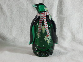 Fenton Emerald Green Holiday Penguin Figurine Hand Painted Signed: A Far... - $64.99