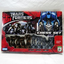 Transformers Chess Set 2007 Hasbro Parker Brothers Decepticons Autobots ... - $30.00