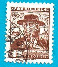 Austria Used Stamp (1934) 12g Costume of Upper Austria - Scott #361   - $1.99