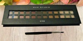 Max Studio Eyes Make Up Set with Free Brush - 24 Everyday Colors - $24.74