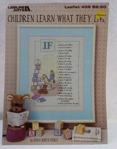 """1986 Leisure Arts """"Children Learn What They Live"""" Cross Stitch Leaflet #439 VTG - $7.92"""