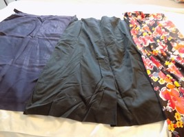 Vintage Clothes  2 Skirts Navy & Black  1 Pair Floral Flare Leg Pants - $12.64