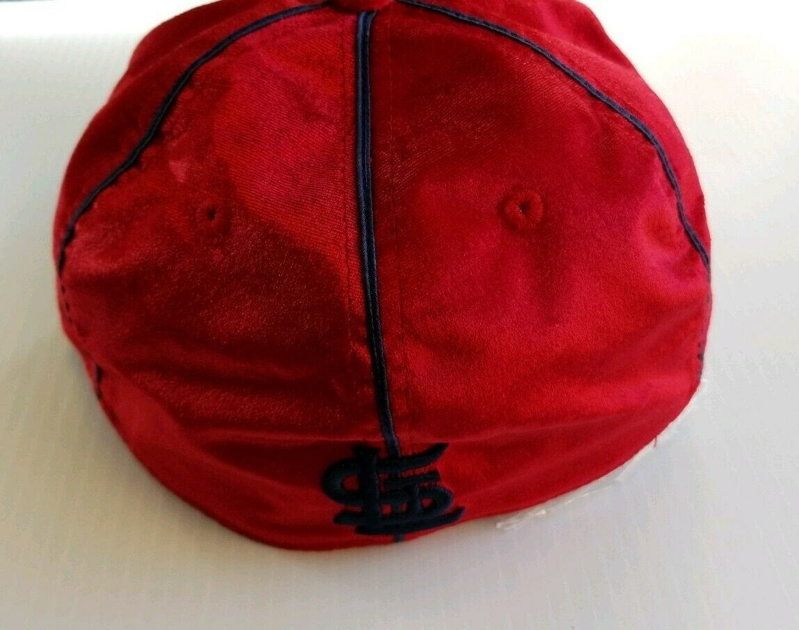 St. Louis Cardinals MLB Cooperstown Collection Fitted Hat Mens 7 Red Velvet Soft