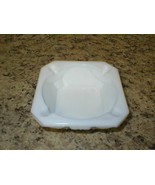 "Vtg Westmoreland Ashtray White Milk Glass Old Quilt Pattern 4"" Diameter Signed - $8.99"