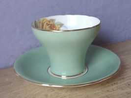 Vintage Aynsley Large pink yellow roses tea cup, Green Bone china teacup image 4