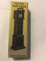 VINTAGE OLD FASHIONED STOVE   DIE CAST PENCIL SHARPENER Made in Hong Kong - $11.88