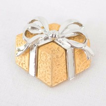 J J Signed Christmas Gift Box Brooch Pin Gold Toned Jonette Jewelry 1.25... - $13.54
