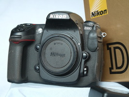 Nikon D D300 12.3MP Digital SLR Camera Boxed c/w Charger + 2 Batteries -NICE SET - $150.00