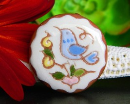 Vintage Pottery Clay Pin Brooch Bird Flower Handpainted 1984 Signed JE - $18.95