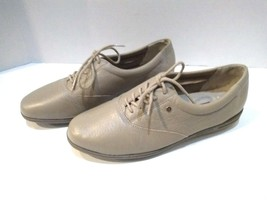 Easy Spirit Women Anti Gravity Beige/Tan JPMotion Oxford Leather Shoes Sz 7 1/2 - $36.12 CAD