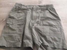 Mens Casual Shorts 34 100% Cotton Covington Olive Green 6 Pocket - $14.99