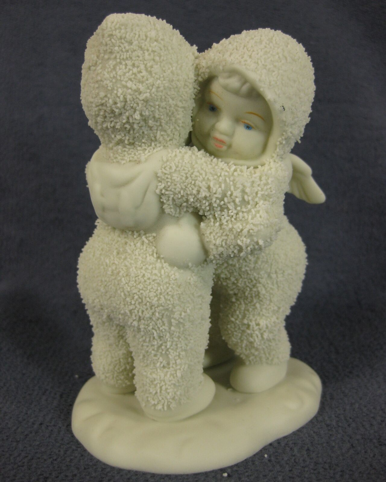 Primary image for Snowbabies I Need A Hug 68136 Department 56 Winter Tales Figurine Boxed