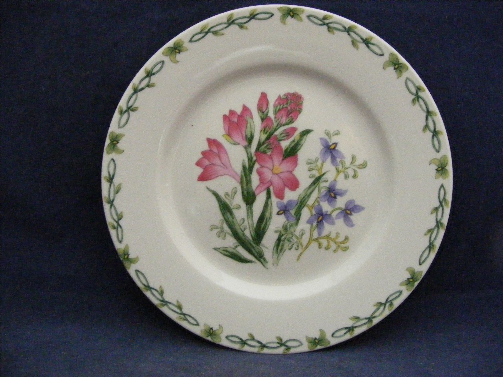"Thomson Floral Garden 7.5"" Salad Plate Pink & Blue Flowers"