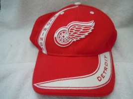 Detroit Red Wings Baseball Cap One Size Fits All - $5.99