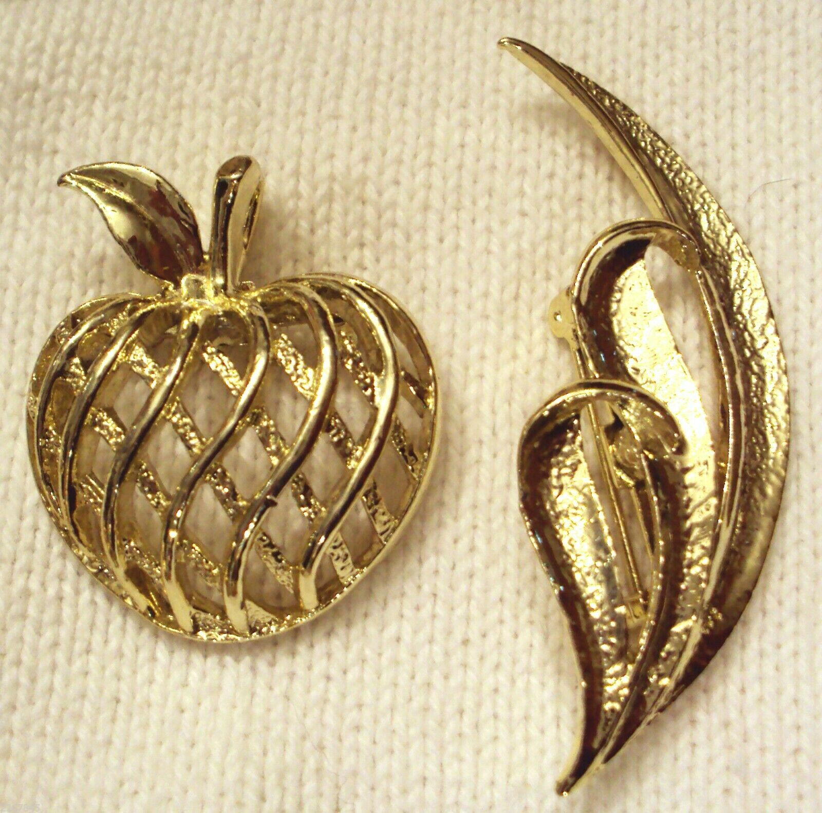 Primary image for GERRYS PIN LOT Mid Century Modern VTG Art Deco 3D APPLE & Textured Leaf Brooch