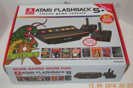 Atari Flashback 5 Classic Game Console 92 Games Wireless Vintage Centipede Space - $42.08