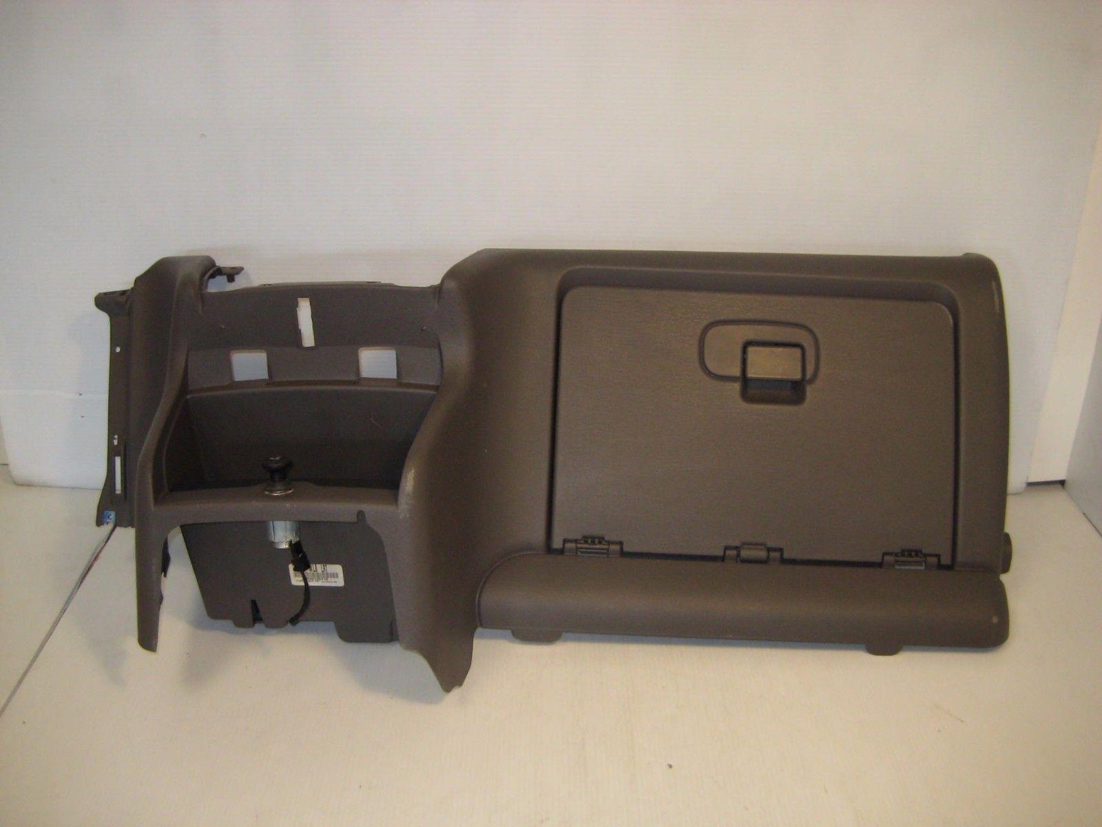 2003 chrysler sebring dashboard with glove box and lighter. Black Bedroom Furniture Sets. Home Design Ideas