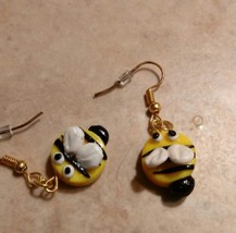Cute Bumblebee Charm Earrings Clay Charms Kids Bee WireGold Tone Spring - $6.00