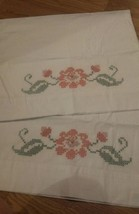 Vintage Embroidered Pillowcase Set pink & red flowers EUC - $14.01