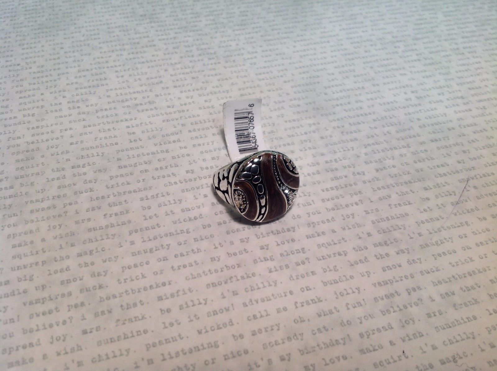NEW Silver Tone Ring w Circular Face Plate w Chocolate Colored Enamel Sz 6