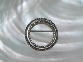 Vintage Danecraft Sterling Silver Signed Roped Edged Open Circle Pin Bro... - $15.79