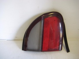 Chevrolet Malibu 1997 Exterior LH Drivers Side Trunk Lid Mounted Reflector  OEM - $19.55