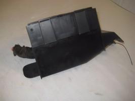 CHEVROLET IMPALA 03 04 05  Fuse Box Engine Relay Component OEM image 3